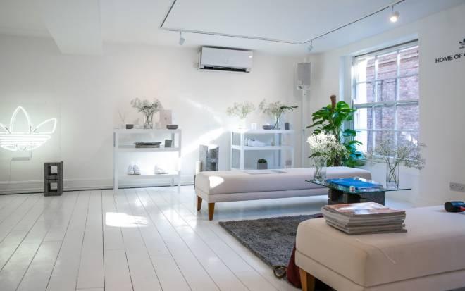 Aire acondicionado split en un salon